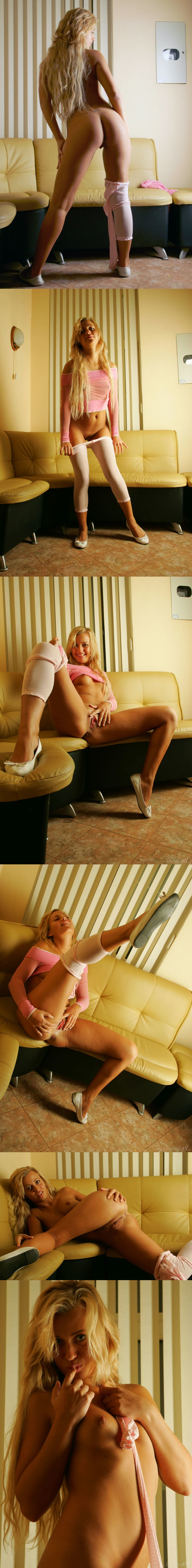 3395660321 [Stunning18] Lory - Girl In White Tights