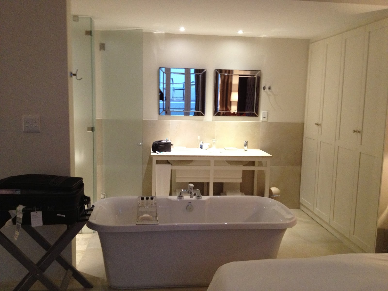Cape Town - I loved this tub which was right in the middle of the room