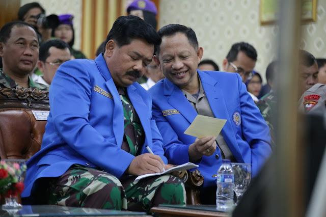 Kapolri Bersama Panglima TNI Beri Kuliah Umum Di UMSU