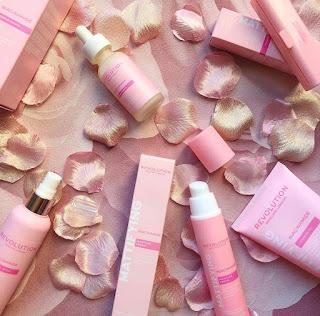 Makeup Revolution - Revolution Skincare Niacinamide Range.