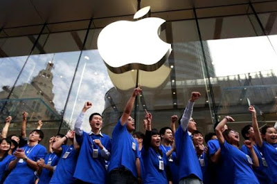 China Blocking Two Services Belong To Apple
