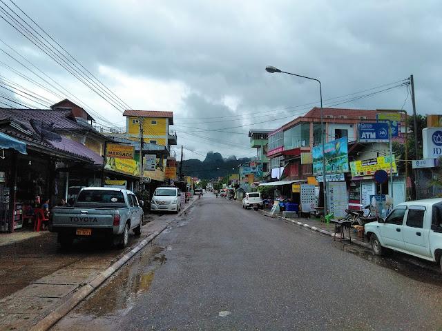 vang vieng laos main street