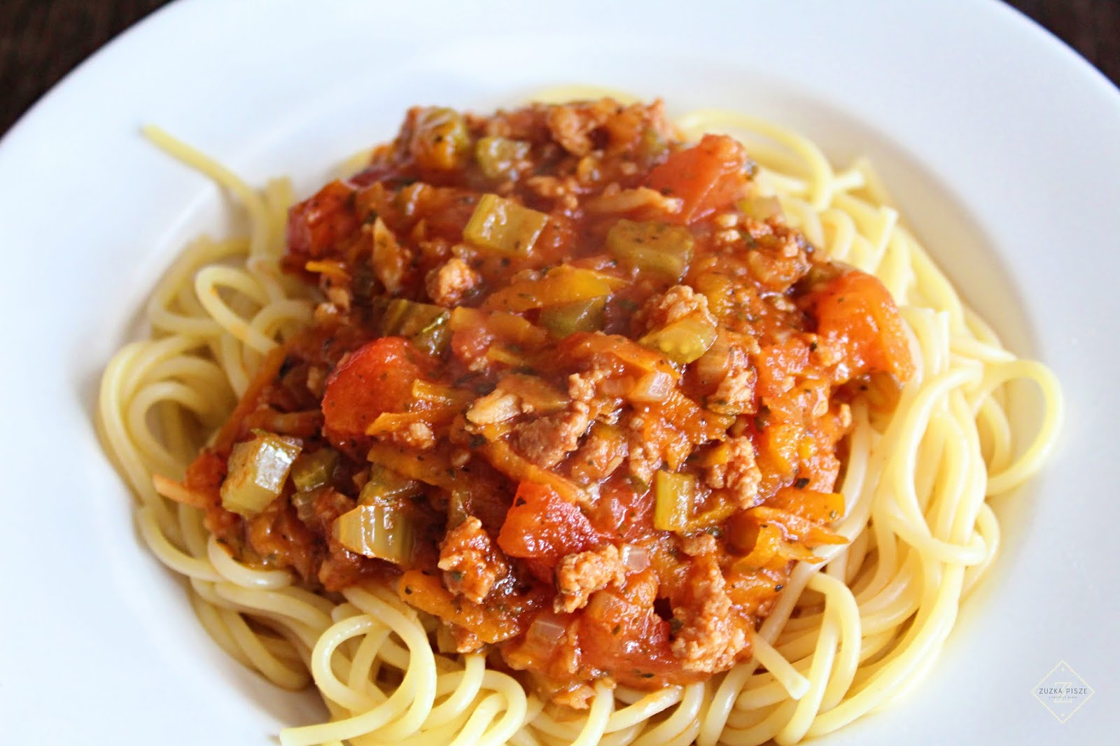 Spaghetti w sosie bolognese - przepis