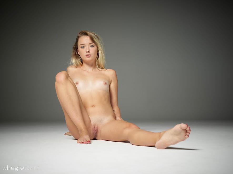 [Hegre-Art] Alba - Young Nudes