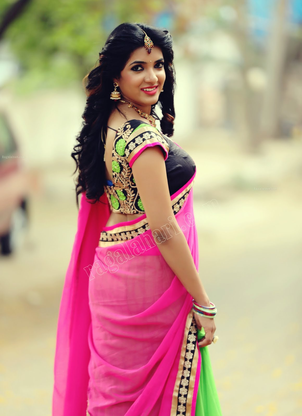 Hot Indian Actress Neha Hot Boobs Waist And Navel -2523
