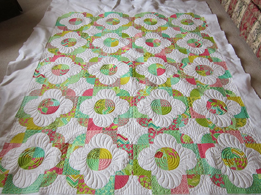 Dancing Daisies Quilt Free Tutorial