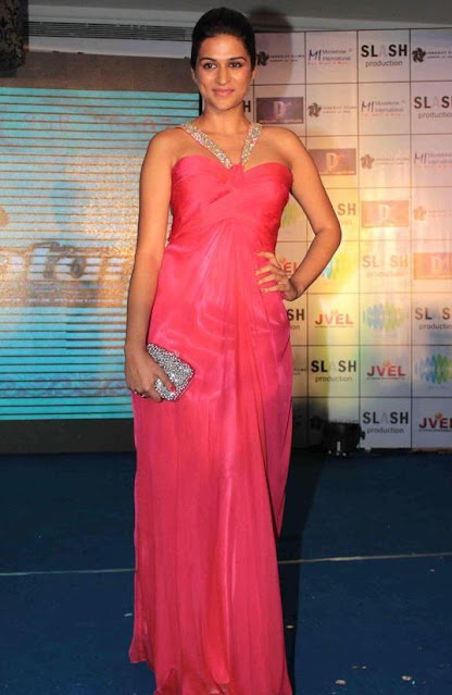 Actress Shraddha Das Throwback Pictures in Pink Dress Navel Queens