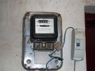 تعرف على الإجراءات الواجب اتباعها في حالة تغير عداد الكهرباء القديم إلى المسبوق الدفع