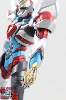 Figma Gridman (Primal Fighter) 10