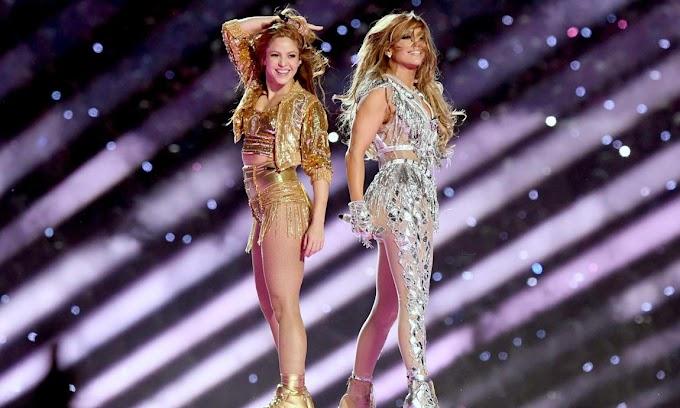 """Demanda  por 800.000 millones a la NFL por """"el espectáculo pornográfico"""" de JLO y Shakira en la Superbowl"""