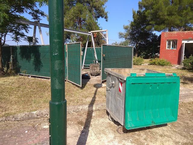 Ηγουμενίτσα: Πετούσαν τα υπολείμματα του βιολογικού σε κάδους σκουπιδιών - Παρέμβαση της αστυνομίας (+ΒΙΝΤΕΟ)