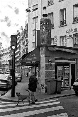 Paris l 39 insolite enseigne de la brasserie la grosse for Jardin truillot