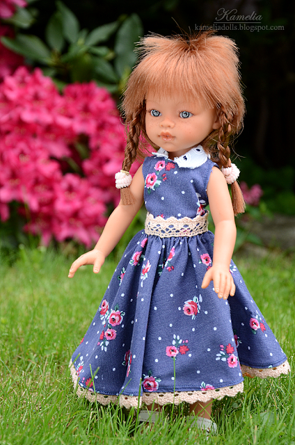 Handmade dress for doll