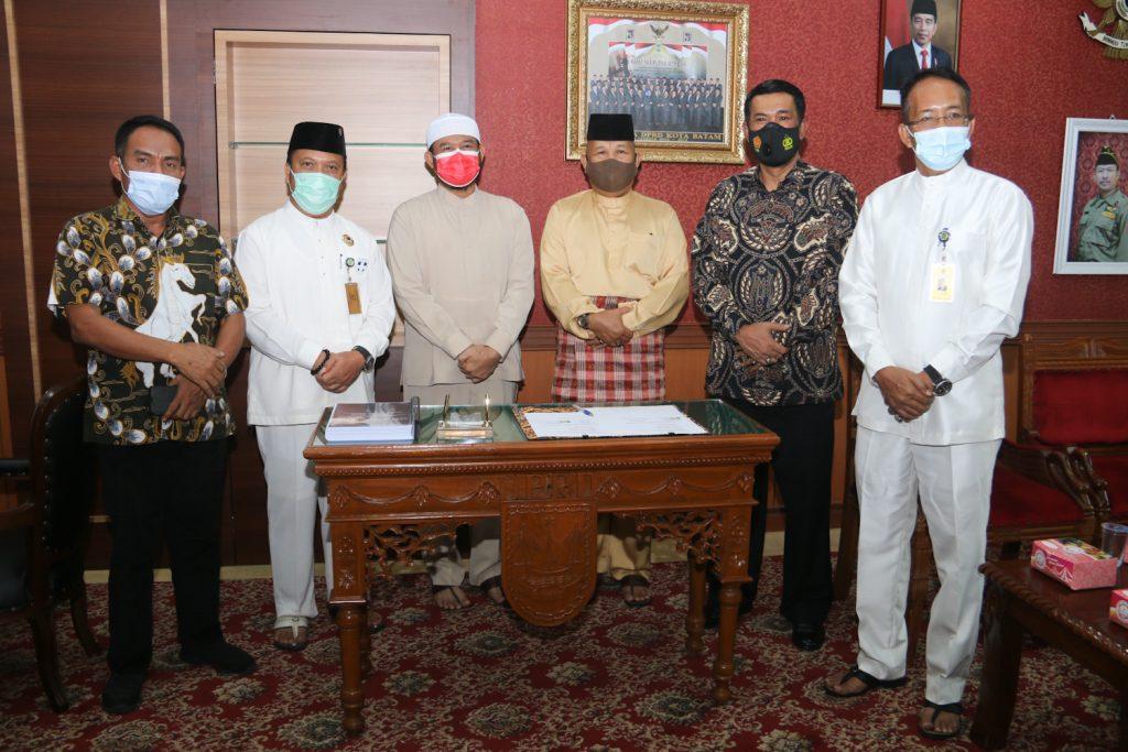 DPRD Batam Bersama Pemko Batam Teken MoU Sepakat mengusulkan Tanjungsauh Sebagai KEK