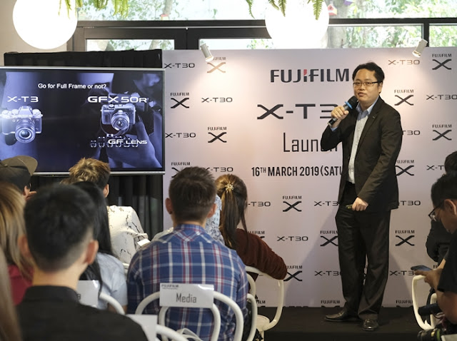 At FUJIFILM X-T30 Launch:  Thomas Kwan, the Marketing Manager of Fujifilm Malaysia shared that the X-T30 is equipped with new functions that has been improved from the renowned FUJIFILM X-T3, utilizing the 4th Generation image sensor and processor which also includes 26.1 megapixel resolution and fast high-performance AF, offering the users an outstanding performance.