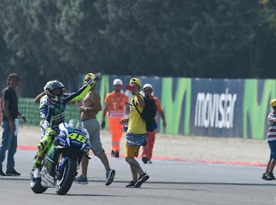 Satu Cara Tumbangkan Nama Besar Rossi, Menangkan Battle Head to Head