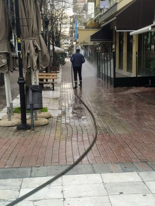 Απολυμάνσεις πραγματοποίησε ο Δήμος Καρδίτσας