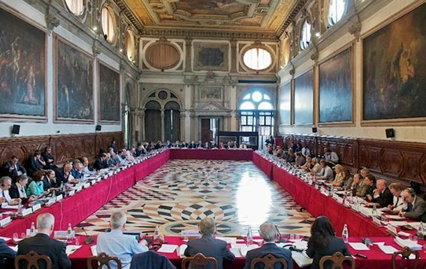 Венеціанська комісія привітала створення Антикорупційного суду