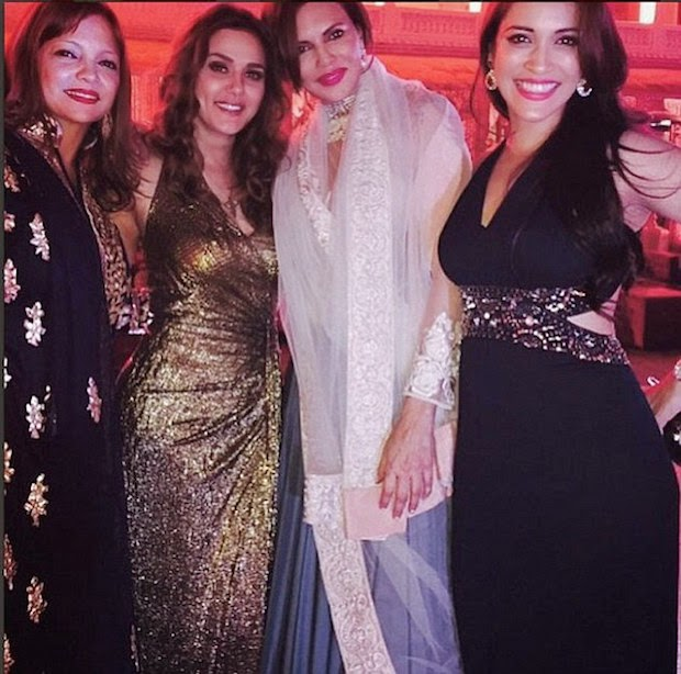 Another picture of Preity Zinta with Deanne Pandey and Rashmi Nigam at Palace