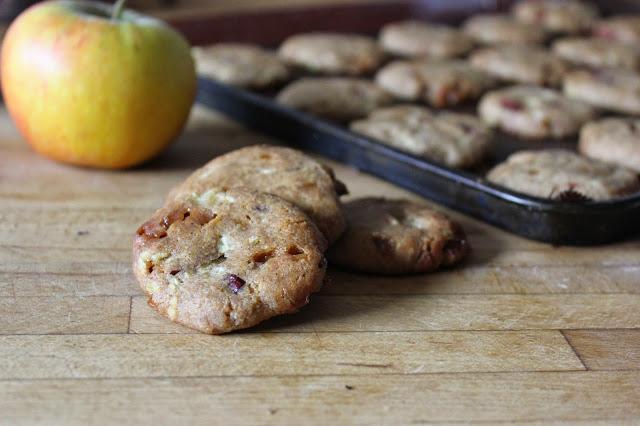 https://cuillereetsaladier.blogspot.com/2014/11/cookies-bretons-sarrasin-caramel-et.html