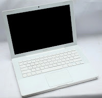 Jual MacBook 5.2 White (2nd)