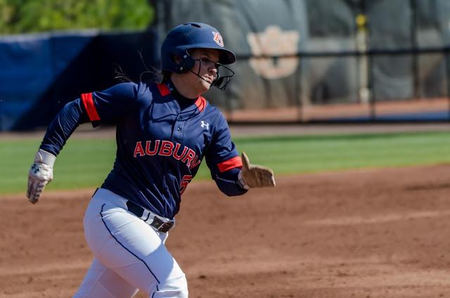 2016 Auburn Softball Emily Carasone