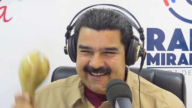 """Mientras se multiplica la represión, Maduro dice que """"estamos felices"""" y manda a """"bailar"""" (Video)"""