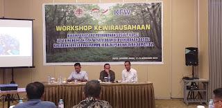 Fauzan Mewakili Kepala Balai PSKL Secara Resmi Membuka Workshop Kewirausahaan KUPS Jasa lingkungan Dan Wisata Alam Di Perhutanan Sosial BPSKL Wilayah Sumatera.