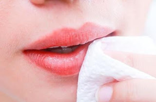 Cara Memerahkan Bibir Hitam Alami Menjadi Merah Pink Secara Permanen