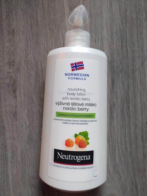 Neutrogena crema corporal Nordic Berry