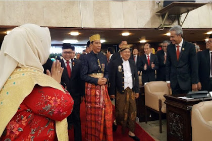 Jokowi Pakai Baju Adat Bugis, Songkoknya Saja Sudah Rp 80 Juta