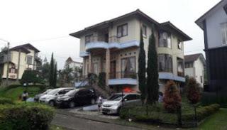 villa di lembang bandung paling lengkap