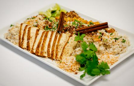 Arroz integral con coco y tofu al horno