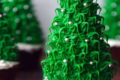 Christmas Tree Cupcakes #Christmas #cake