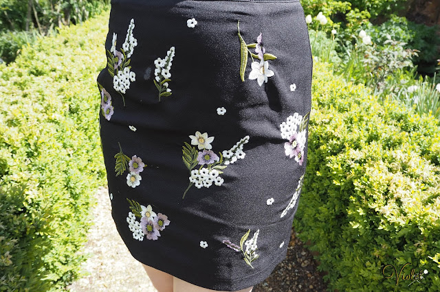 New Look embroidered skirt