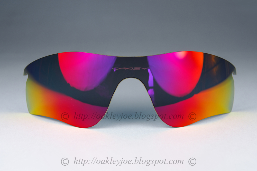 2e9bbffd93 101-141-024 radarlock path lens ruby iridium lens  135 lens pre coated with  Oakley hydrophobic nano solution comes with microfiber pouch