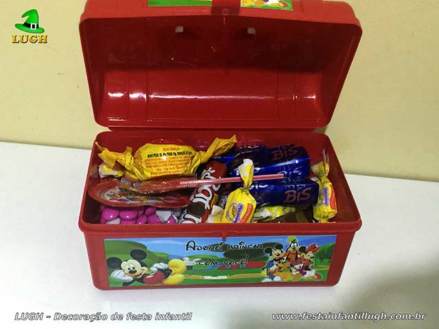 Maletinha personalizada com doces