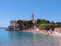 Plaža Martinica i Dominikanski samostan, Bol slike otok Brač Online