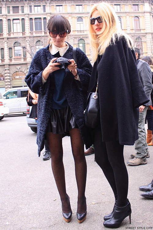 milan fashion style streetstyle streetfashion streetwear leather skirt leatherskirt pantyhose look outfit ootd street