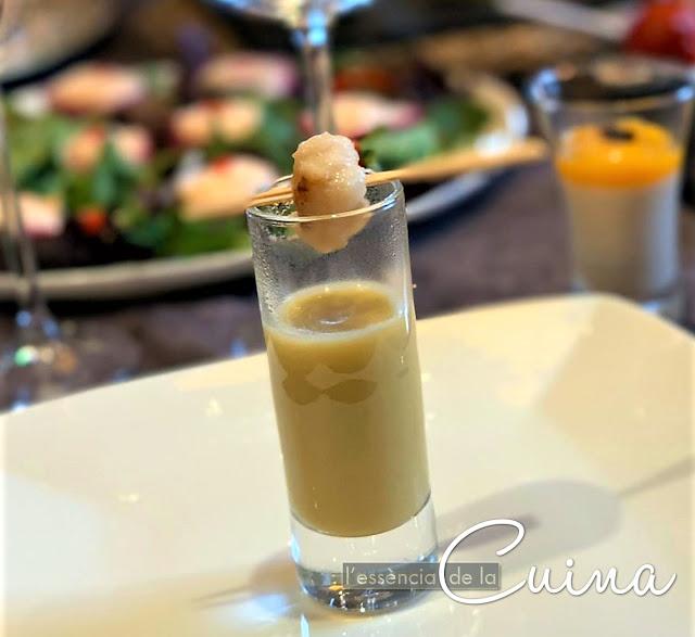 Crema de Pera amb Vieira, aperitiu amb got, aperitivo en vaso, Nadal, Navidad