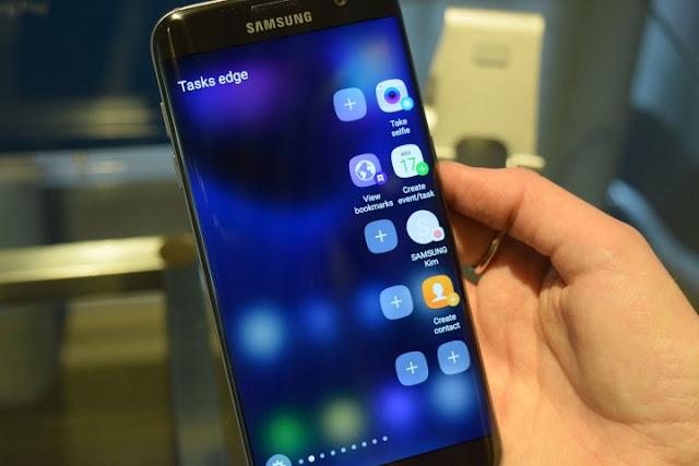 People Edge pada Samsung Galaxy S7 Edge