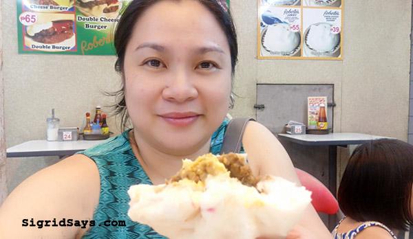 Roberto's Siopao Iloilo - Iloilo restaurant - Iloilo City - family travel - Iloilo eats - best siopao - Bacolod blogger - queen siopao