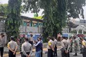 Tiga Pilar Kecamatan Tambora Gelar Operasi Yustisi Protkes di Wilayah Jembatan Besi