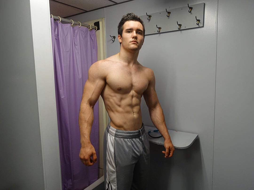 fit-young-shirtless-muscular-guys-strong-body