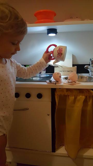 lampka w kuchni