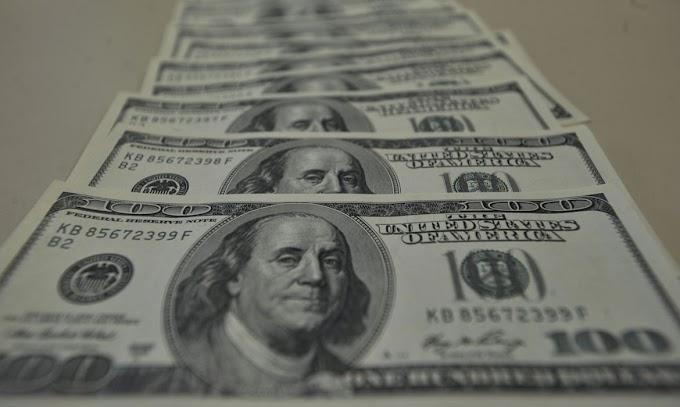 Câmara aprova texto-base de projeto que facilita abertura de conta em dólar no país