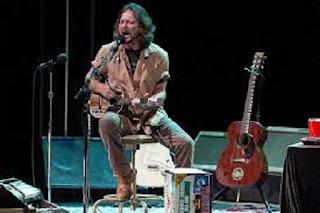 Rock Music Space  Eddie Vedder è una semplice Rockstar  936c58bb476a