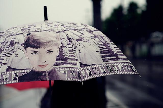 deszcz%2B%25C5%259Blub - Deszcz w dniu ślubu - czy zepsuje Waszą uroczystość?