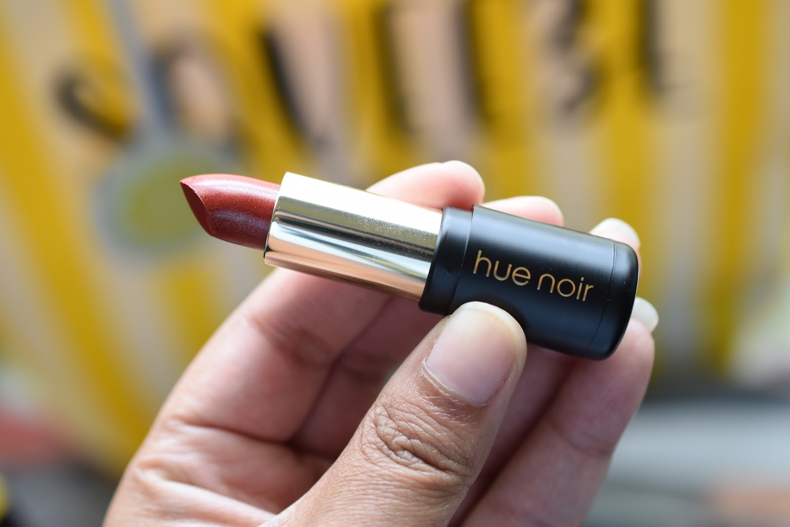 Hue Noir Perfect Pout Hydrating Lipstick