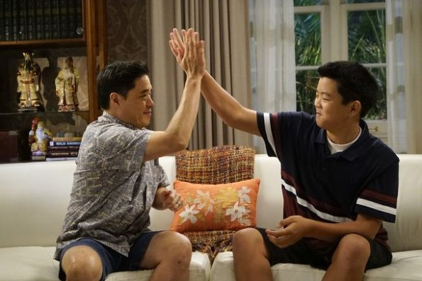 """fresh off the boat episode 601 help unwanted season premiere promotional photo 01 595 - Fresh Off The Boat (S06E01) """"Help Unwanted?"""" Season Premiere Preview + Promo"""